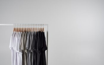 Factors to Consider in Buying T-shirts Online